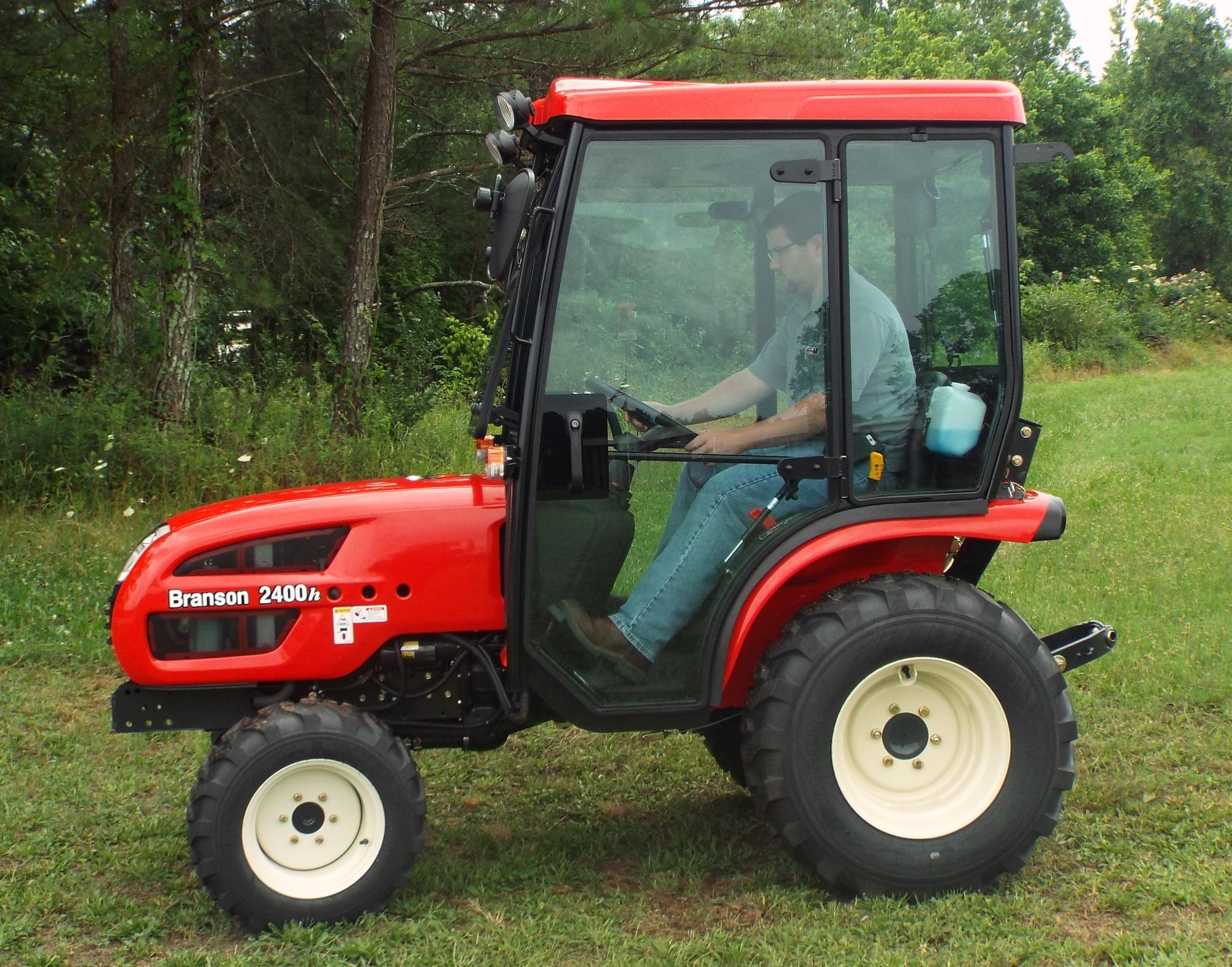 Branson Tractor 2400h